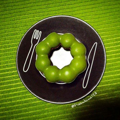 (´;ω;`)「ミスドちゃんがヤバいの!みんな食べに来て!」【祇園抹茶コラボドーナツ】