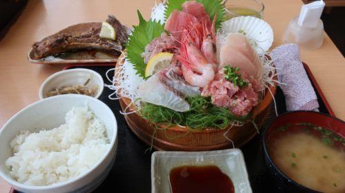清水港のおすすめ海鮮丼を現地取材で紹介!~河岸の市・まぐろ館~